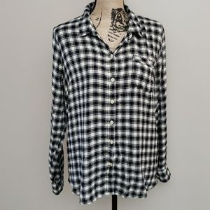 Lucky Brand flannel with button split rear size L